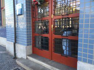 Výměna skla dveří Grand Pardubice