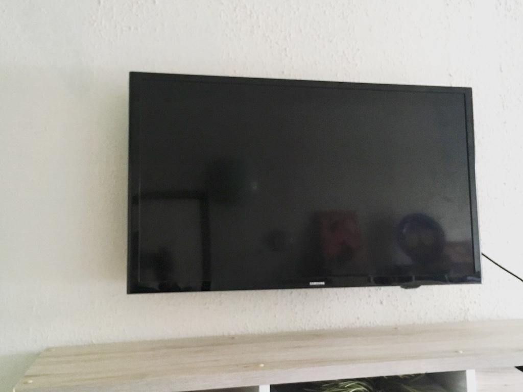 Montáž televize panelový dům Hradec Králové